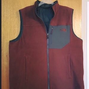 Reversible men's north face vest